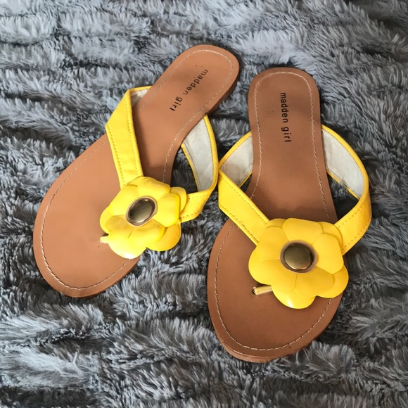 Flower Sandals 8 Yellow Patent Leather